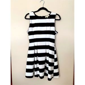 Monteau // Black & white striped fit & flare dress